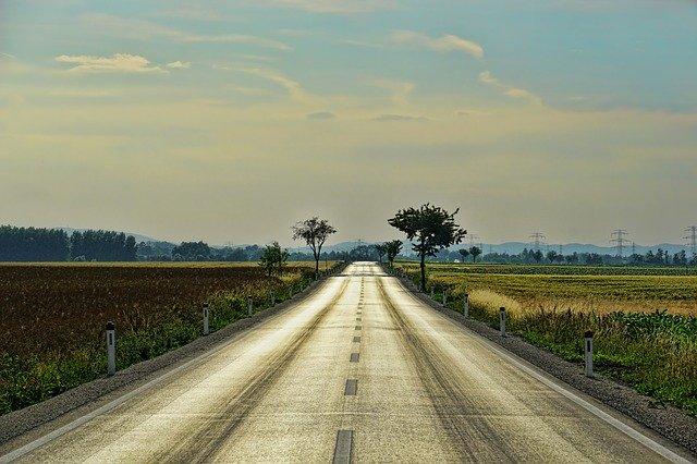 nekonečná silnice